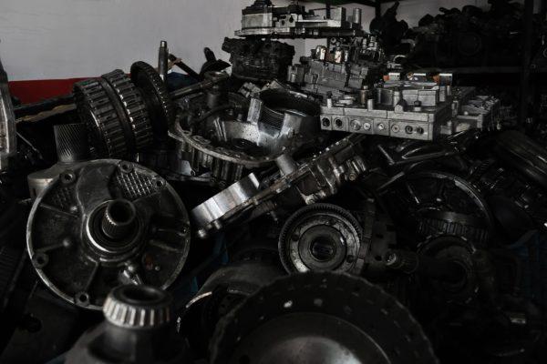 Gdzie można kupić oryginalne części Forda w Krakowie?