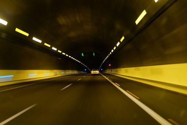 Inteligentne zarządzanie infrastrukturą drogową – oświetlenie tuneli