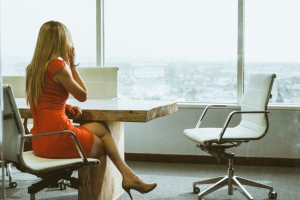 Jak przeprowadzić pierwszą rozmowę z potencjalnym klientem?
