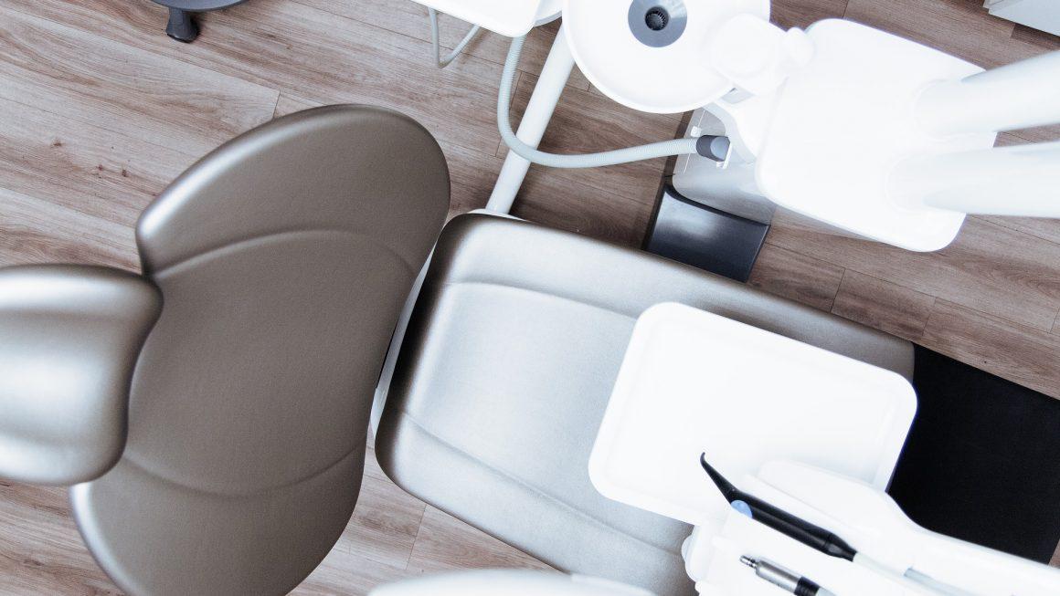 Usługi świadczone przez dentystę w Gliwicach